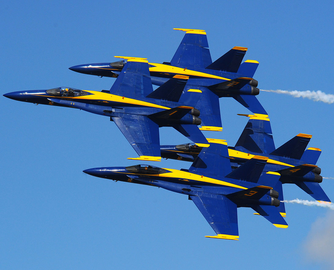 U.S. Navy Blue Angels Homecoming Airshow at NAS Pensacola ...